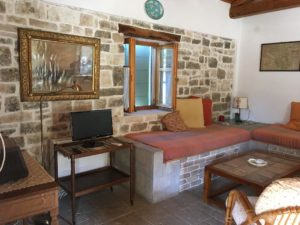 monolitharo traditional cottage accommodation in paxos greece air conditioning
